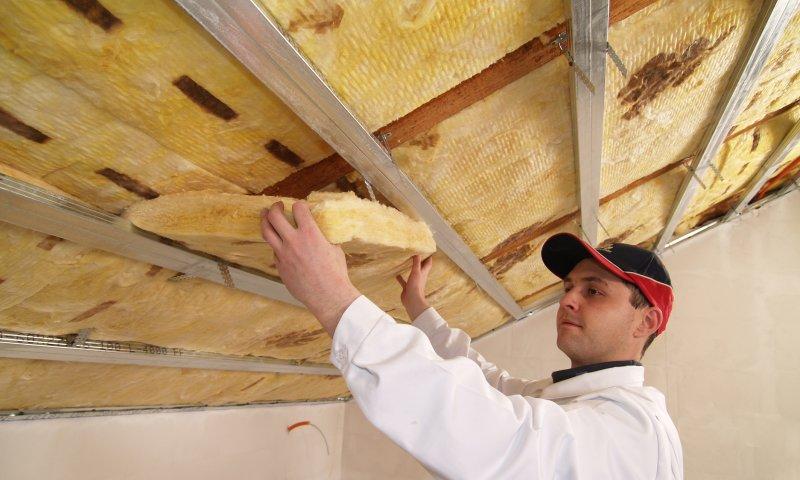 streha-montaza-izolacije-v-posevno-streho-nfpc.jpg